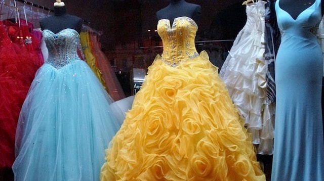 How to Set Up a Clothing Business Formal Dresses