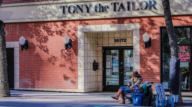 Buy a Business Tailor's Storefront