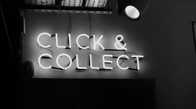 Direct Marketing Click And Collect Sign