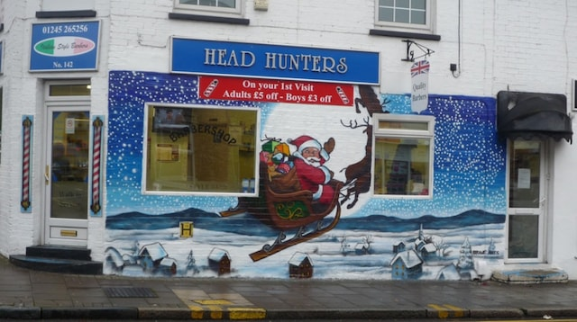 Guerilla Marketing Christmas Mural