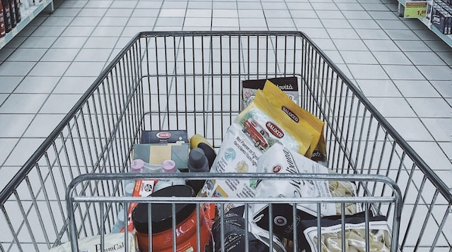 Side Hustle Shopping Cart In Aisle