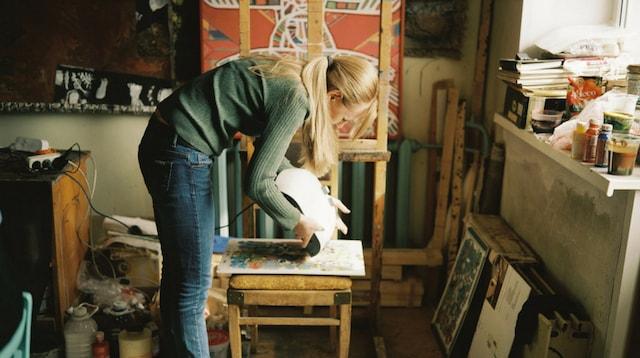 Where To Sell Art Artist in Studio